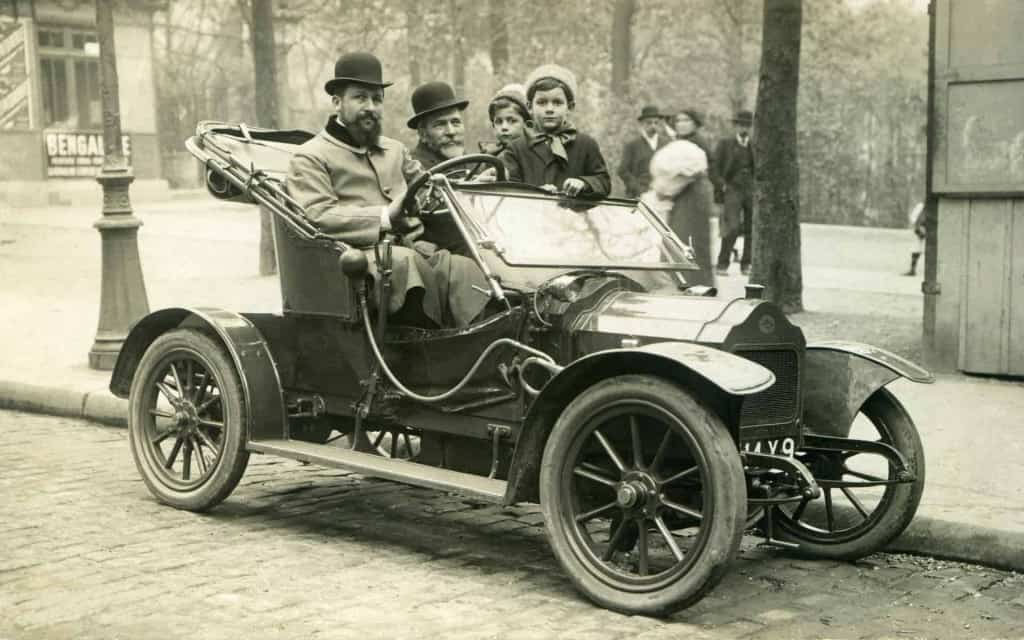 Early Automobile - The History of Leather and Leather Craft - Liberty Leather Goods