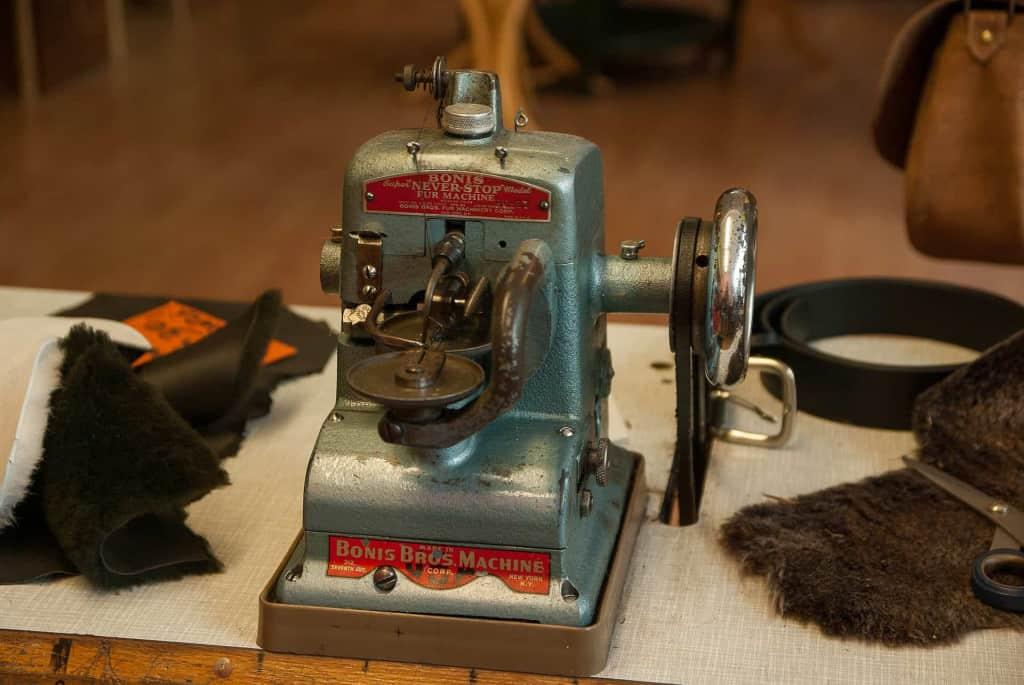 Bonis Vintage Leather Sewing Machine - Leather Sewing Machine - Liberty Leather Goods
